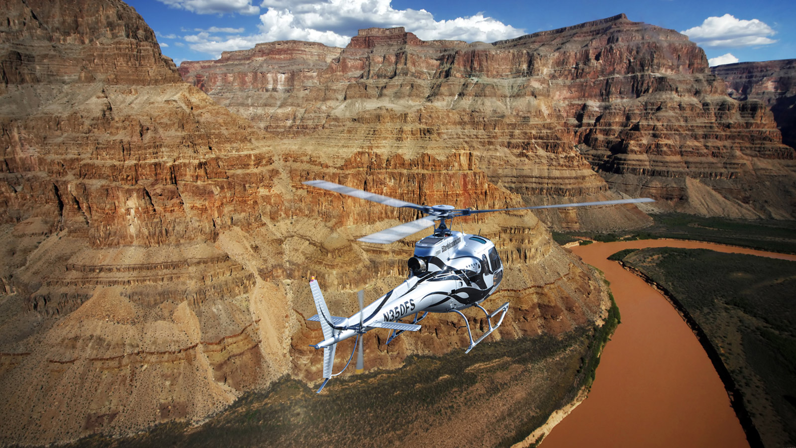 5 Star Grand Canyon Helicopter Tours  Las Vegas Strip Helicopter Flights