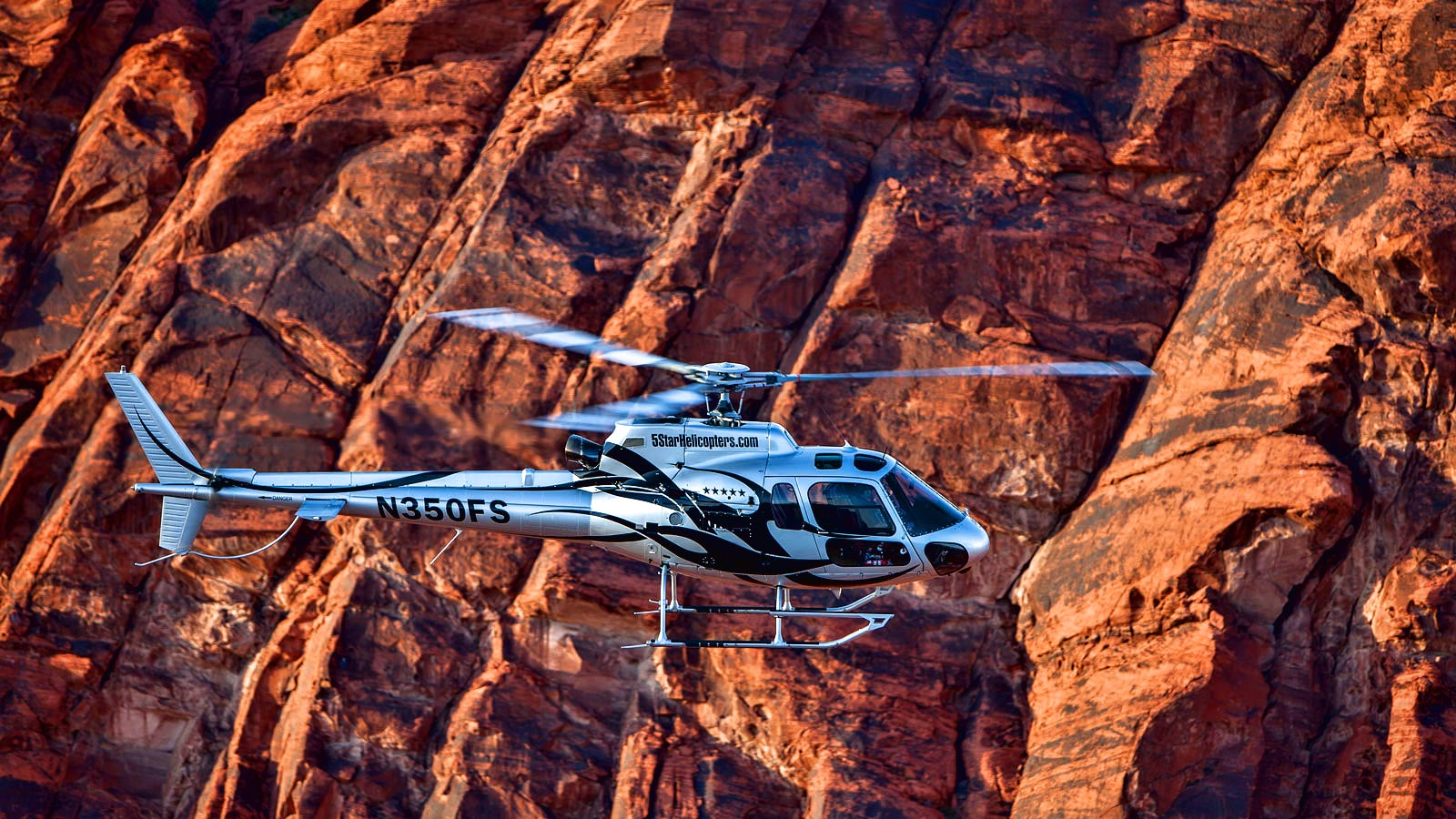 Grand Canyon Helicopter And Valley Of Fire Champagne Landing Package