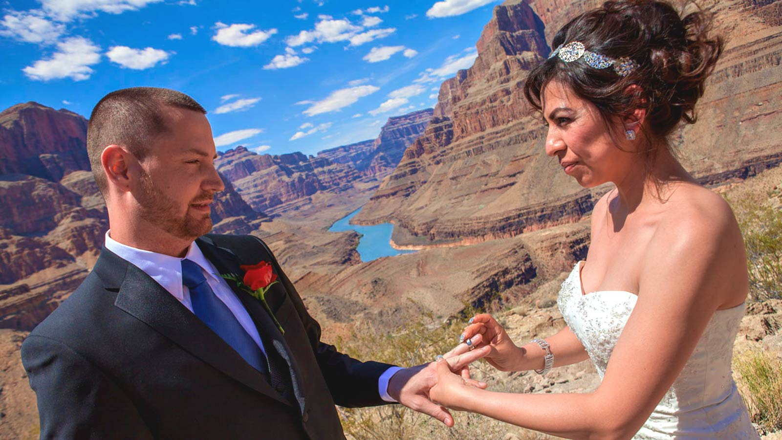 Grand Canyon Helicopter Landing Wedding Package – $3950
