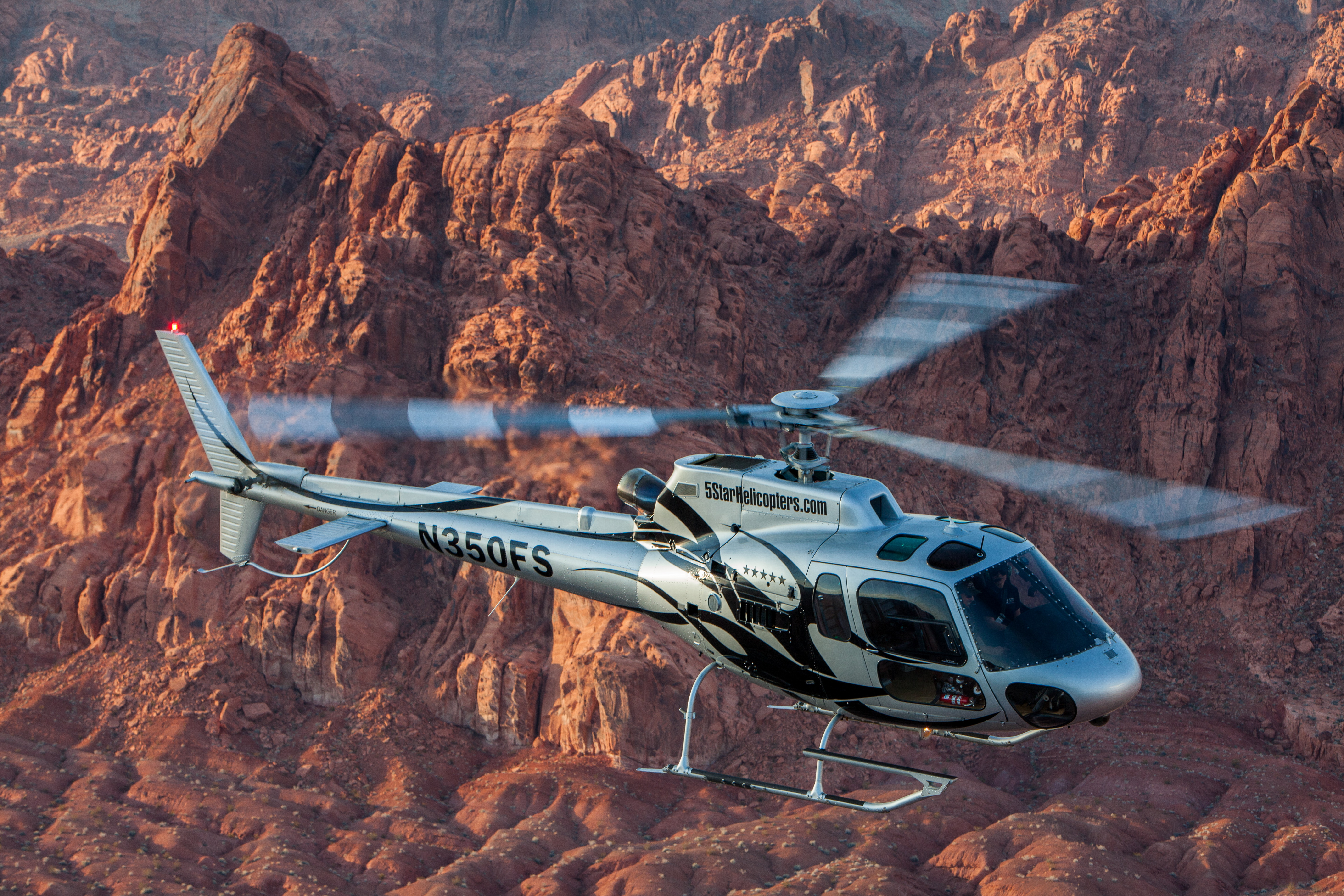 Grand Canyon Amp Valley Of Fire Helicopter Champagne Land Tour